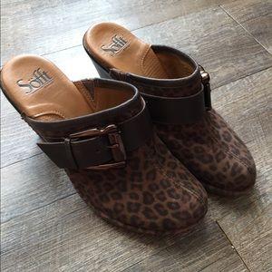 Sofft Leopard Clogs